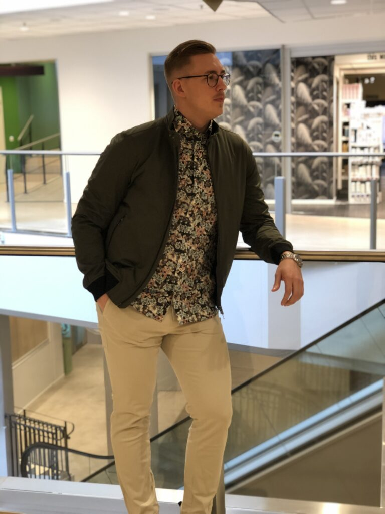 Handla Oscar Jakobsson i Sundsvall